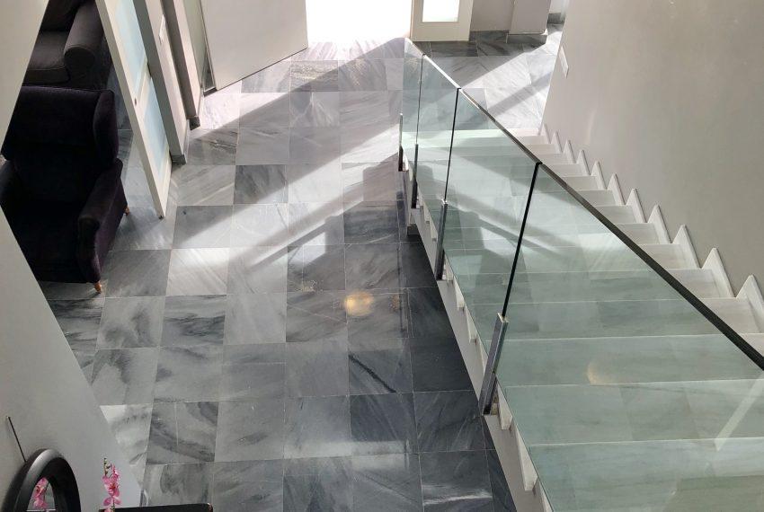 25 escalera 1